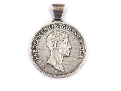 Silbermedaille als Anhänger aus Silber