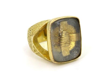 Antiker und religiöser Goldring