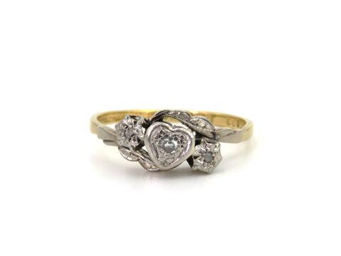 Englischer Diamantring aus Gold