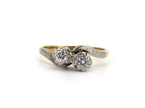 Englischer Goldring aus Gold und Platin mit Diamanten
